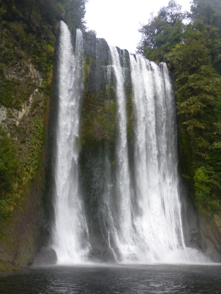 Te Rere i Oturu Falls. (Hua Dai)